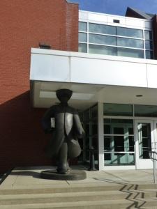 albertus-statue